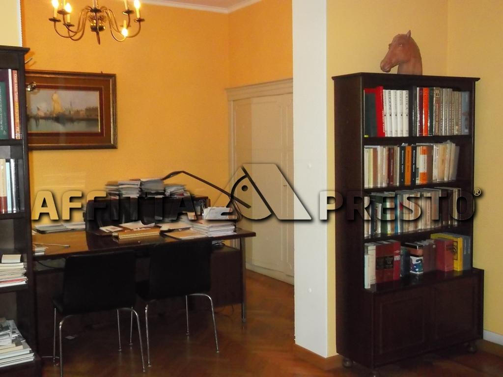 Soluzione Indipendente in affitto a Ravenna, 10 locali, zona Località: ViaTrieste, prezzo € 1.200 | CambioCasa.it