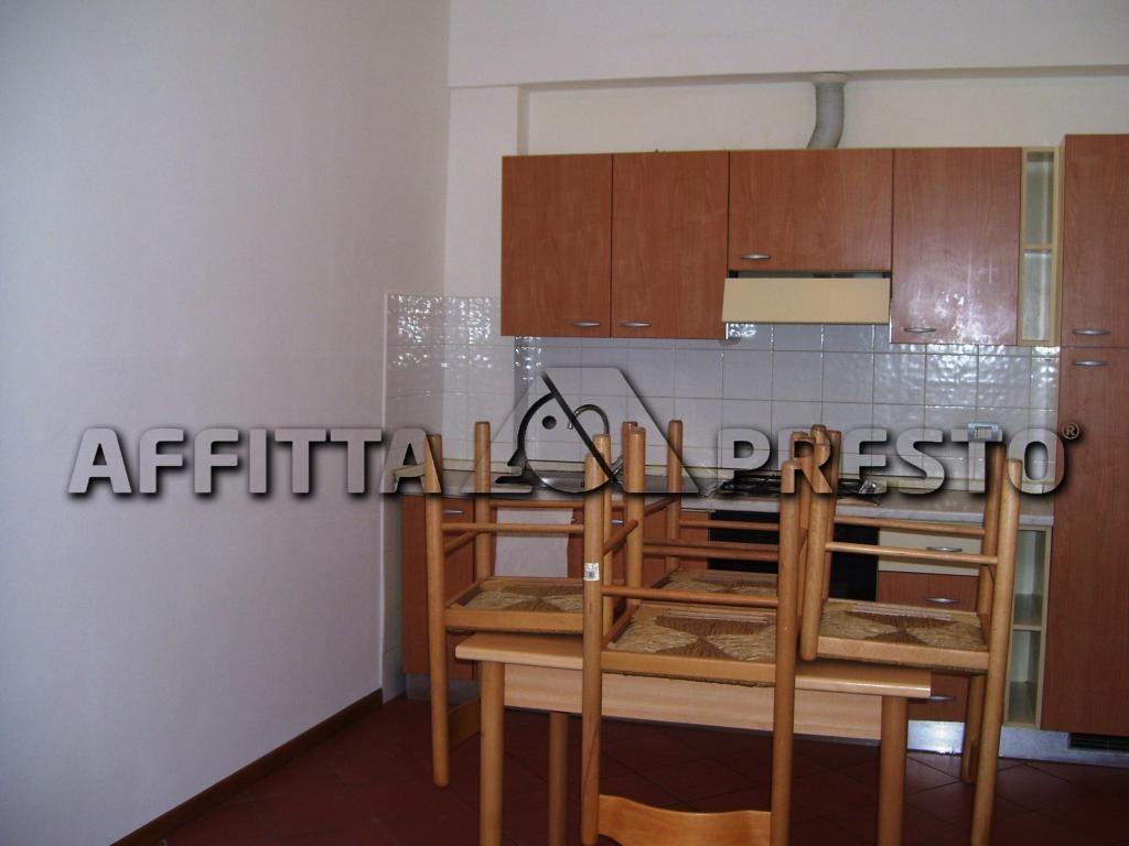 Appartamento in affitto a Cesena, 1 locali, zona Località: CENTROSTORICO, prezzo € 330 | CambioCasa.it