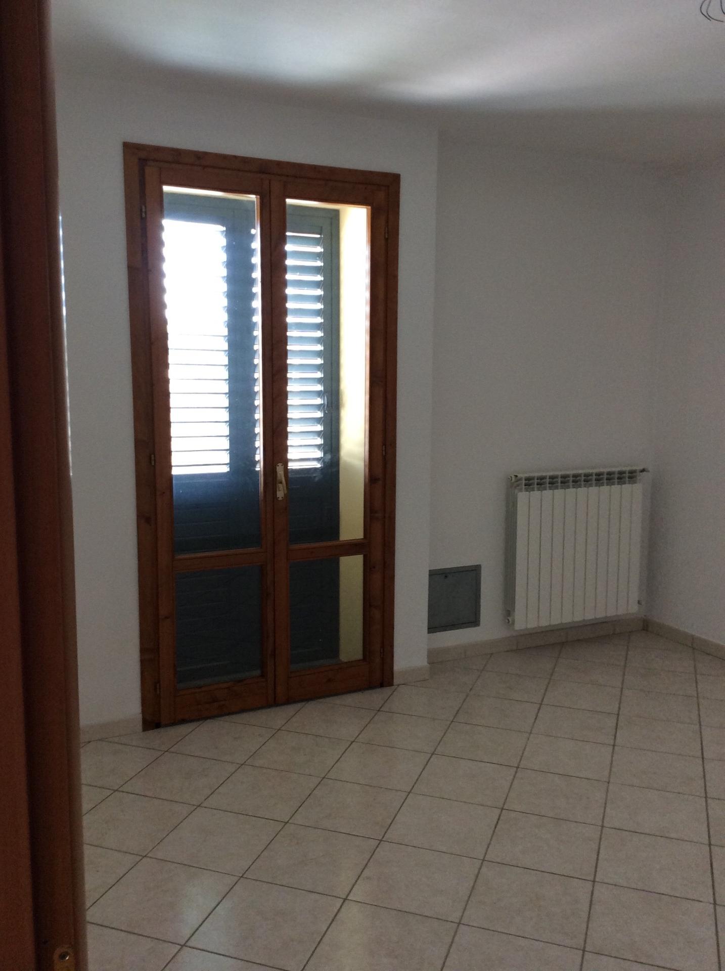 Appartamento in affitto a Castelfiorentino, 2 locali, prezzo € 400 | CambioCasa.it