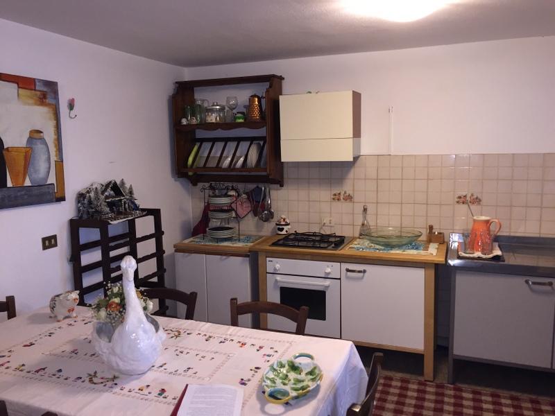 Villa in affitto a Cerreto Guidi, 7 locali, zona Zona: Bassa, prezzo € 880 | CambioCasa.it