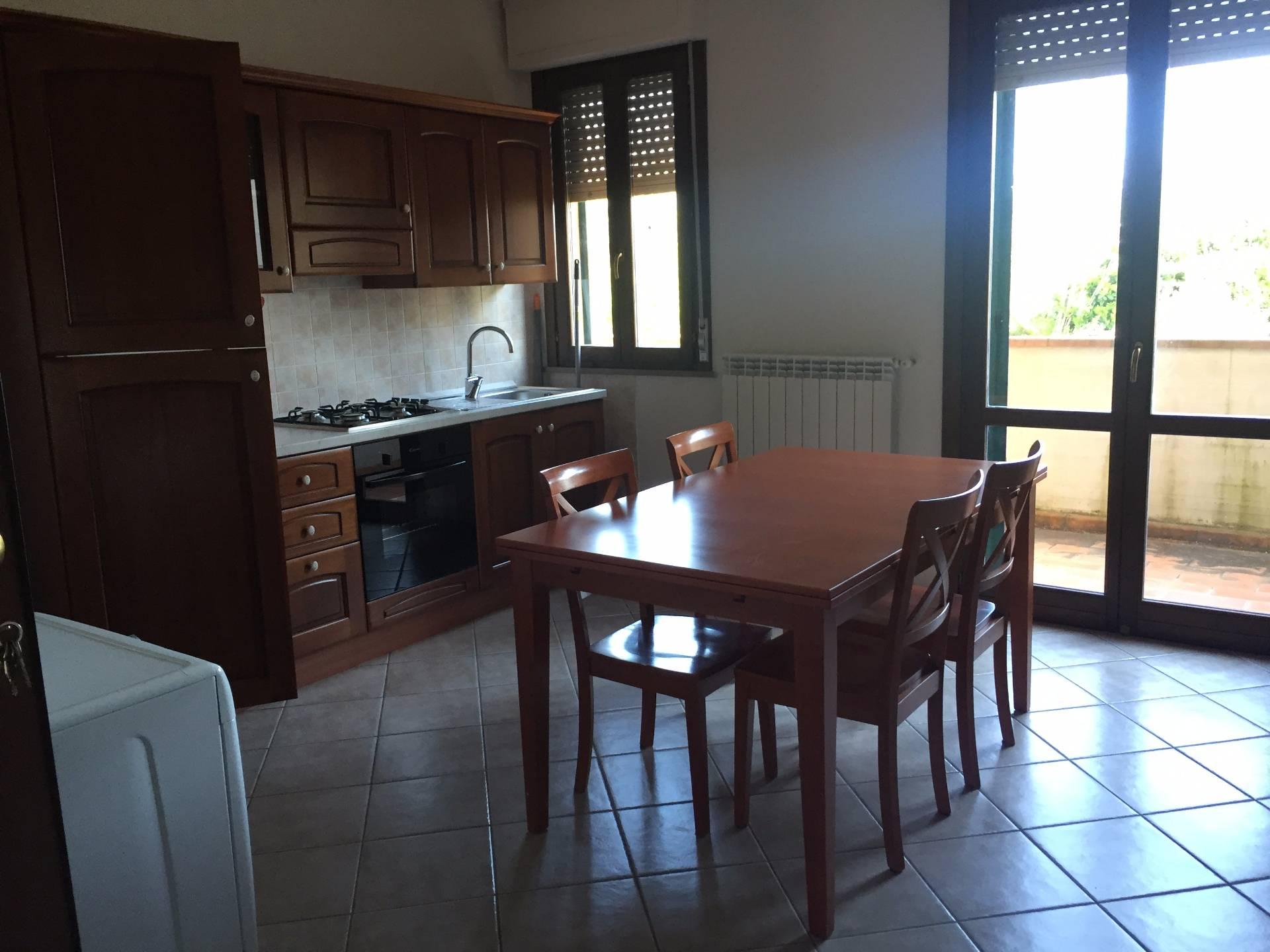 Appartamento in affitto a Montaione, 2 locali, prezzo € 380 | CambioCasa.it