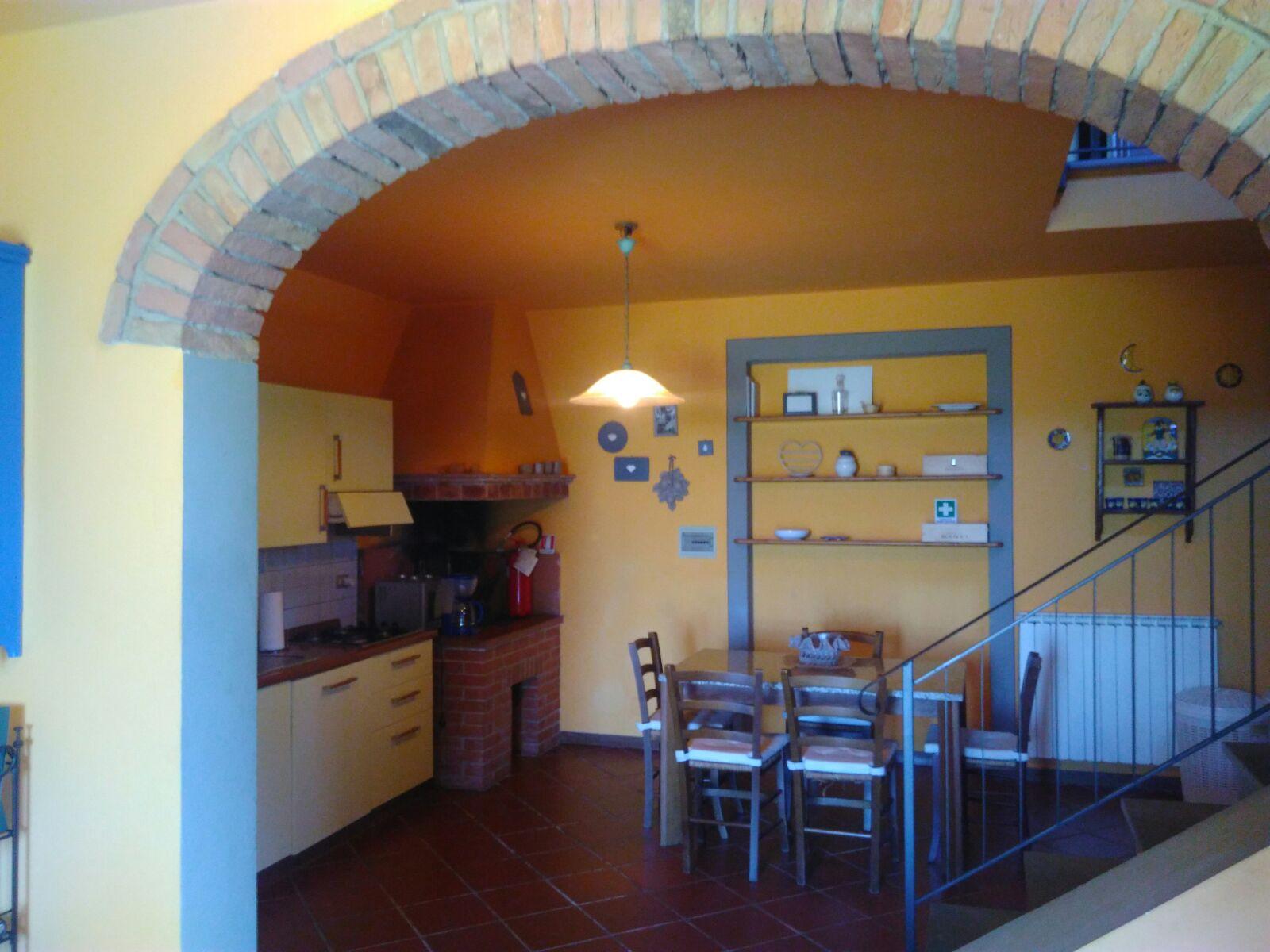 Soluzione Semindipendente in affitto a Gambassi Terme, 5 locali, prezzo € 750 | CambioCasa.it