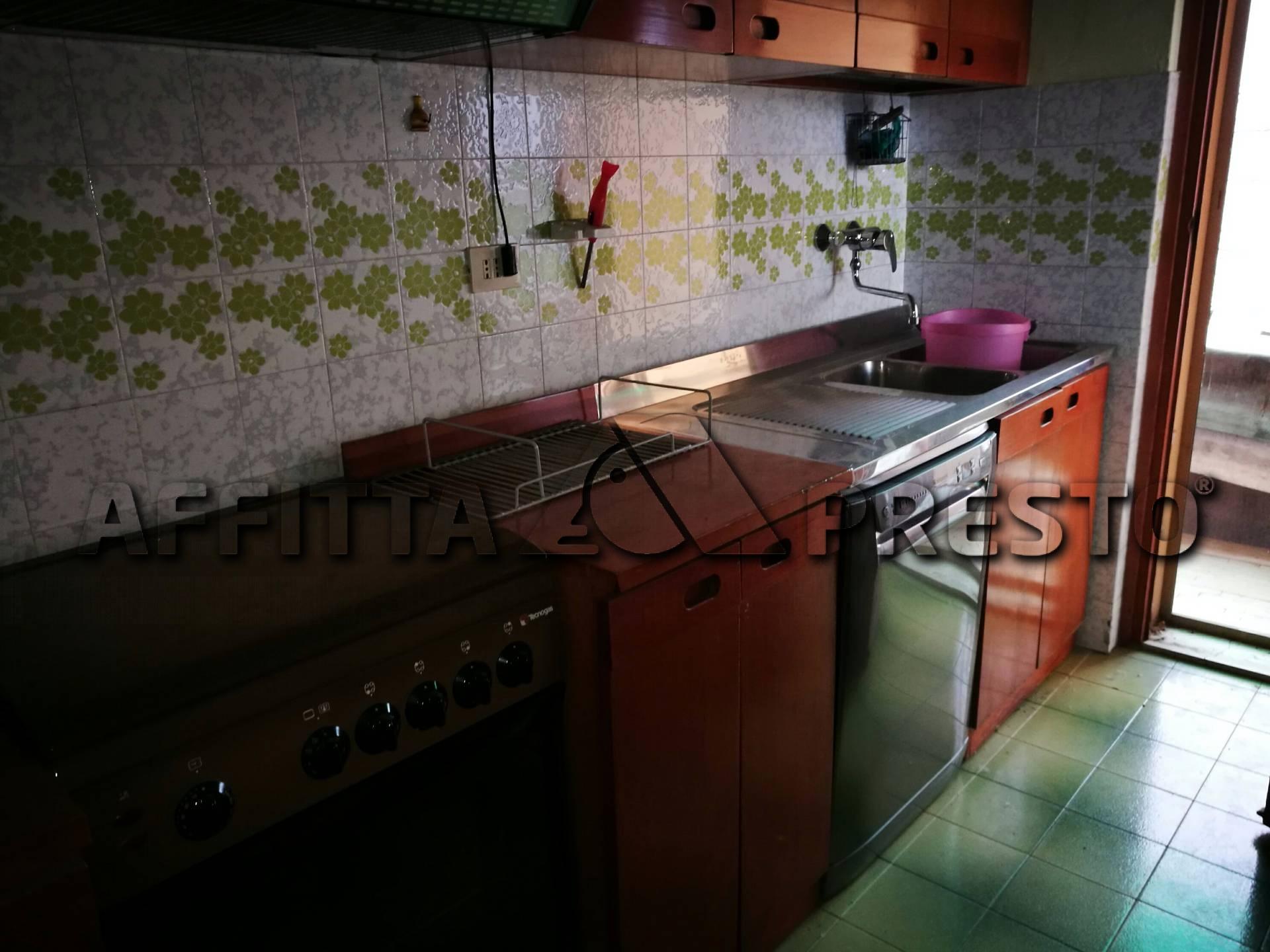 Appartamento in affitto a Calcinaia, 7 locali, prezzo € 650   CambioCasa.it