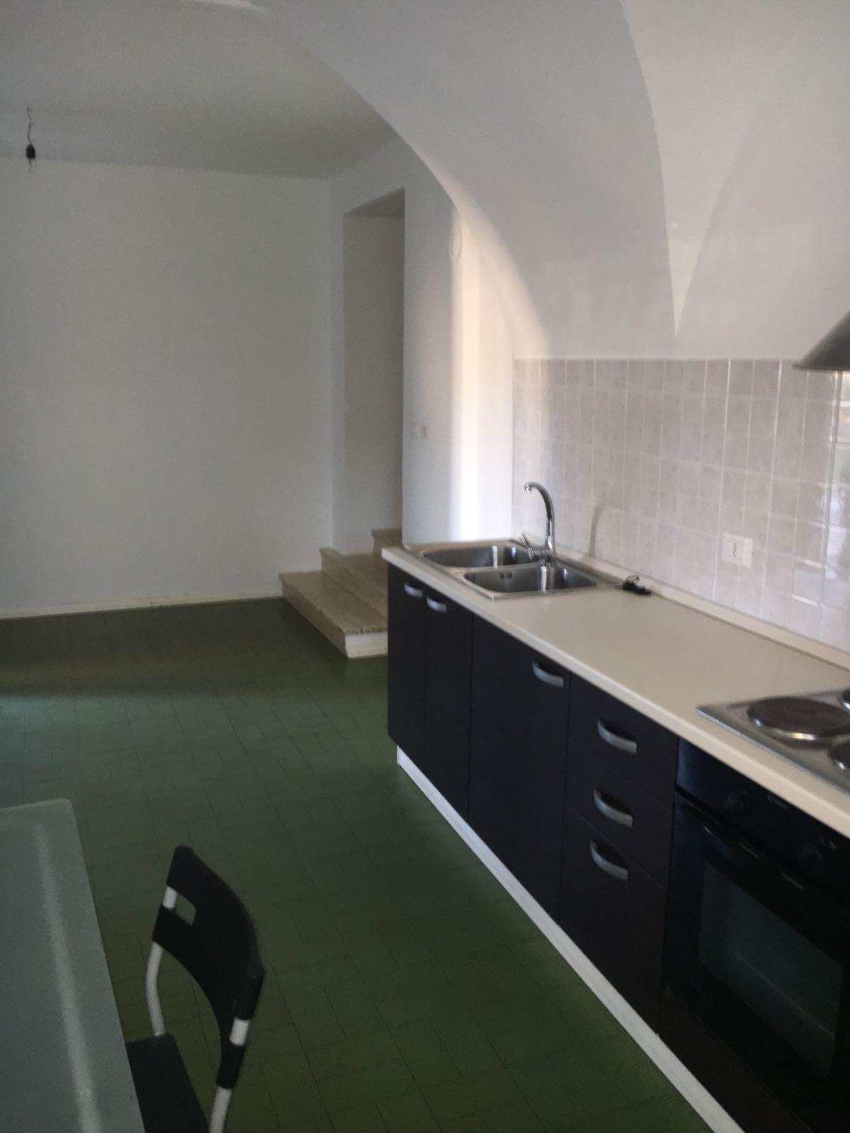 Appartamento in affitto a Terlano, 2 locali, prezzo € 650 | CambioCasa.it