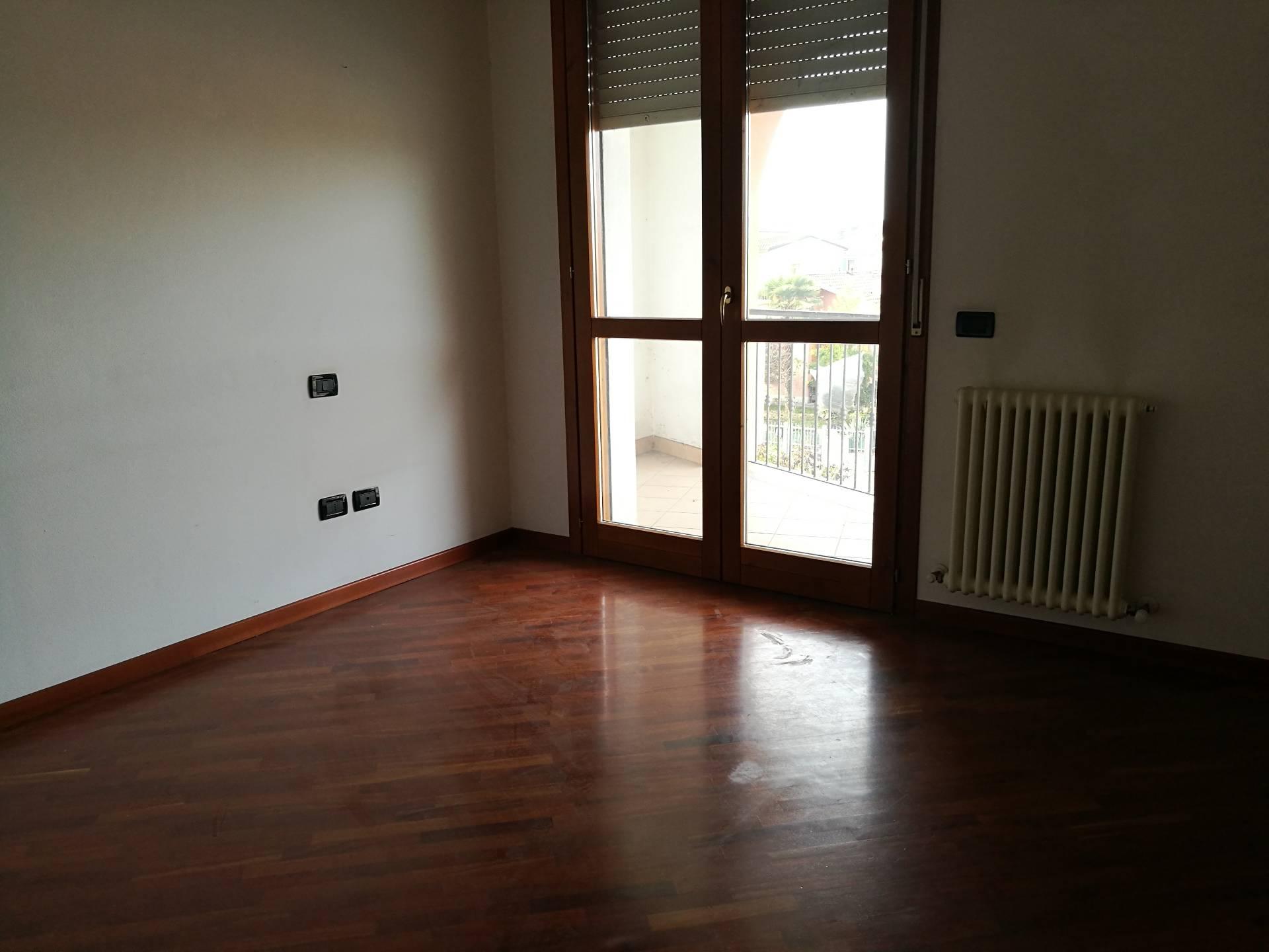 Appartamento in affitto a Cotignola, 5 locali, prezzo € 520 | CambioCasa.it