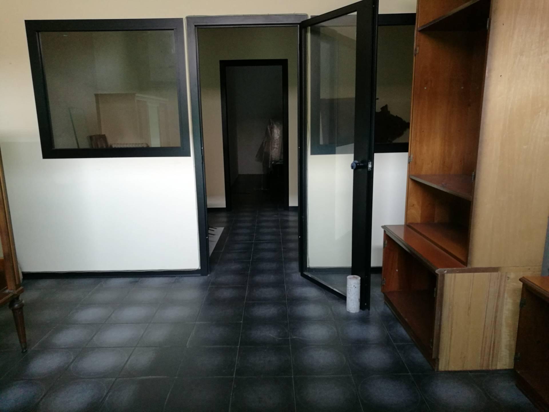 Ufficio / Studio in affitto a Lugo, 9999 locali, zona Località: centro, prezzo € 280 | CambioCasa.it