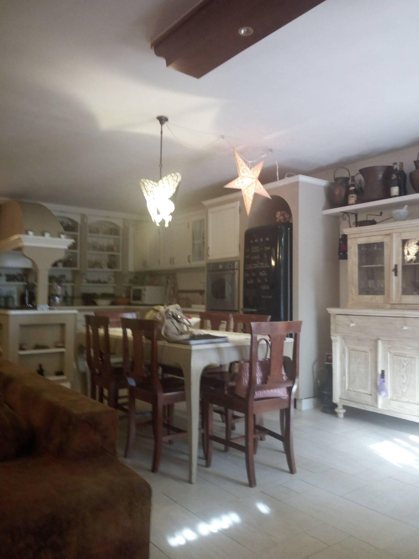 Soluzione Semindipendente in affitto a Lastra a Signa, 7 locali, zona Zona: Malmantile, prezzo € 1.200 | CambioCasa.it