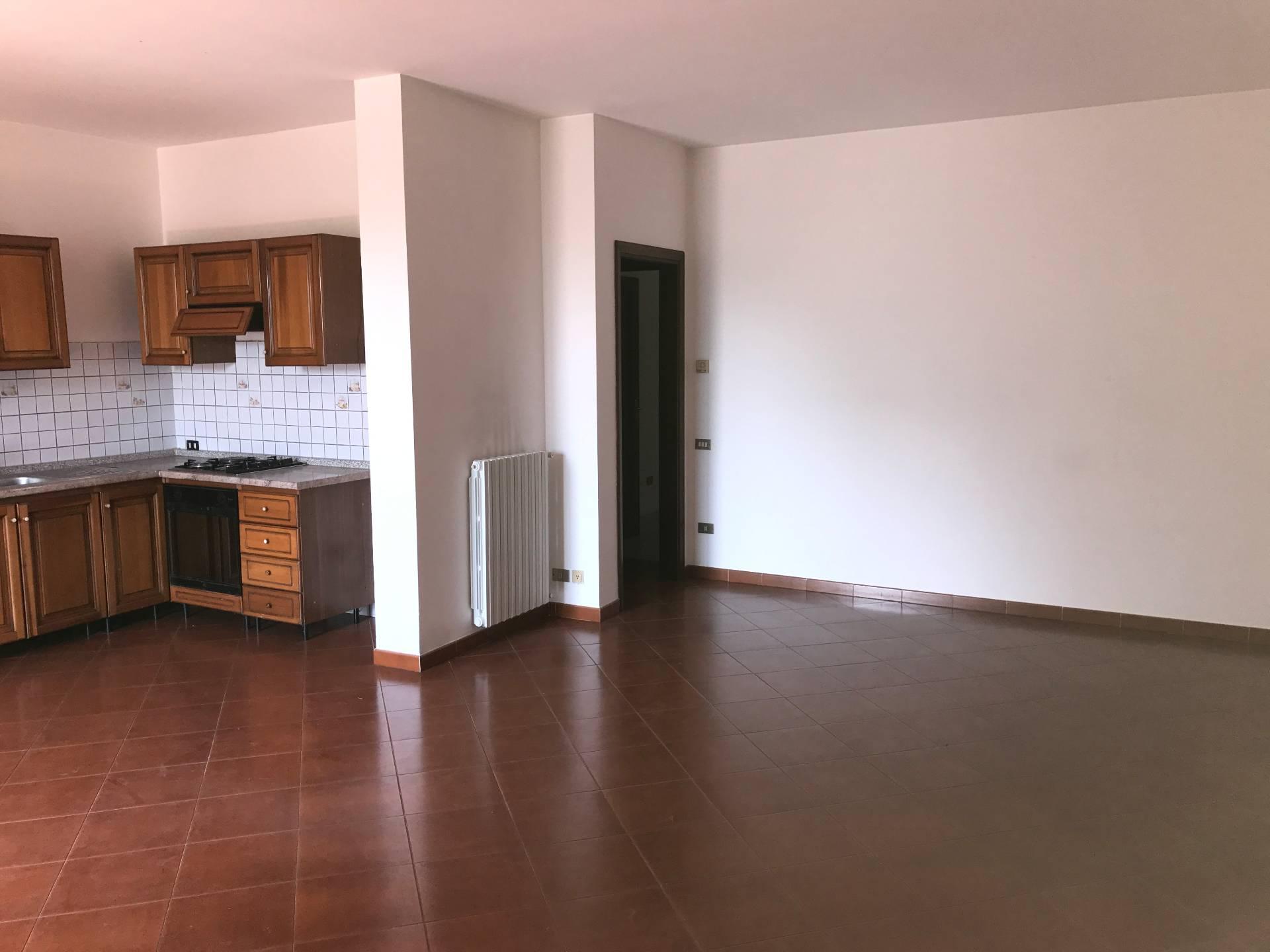 Appartamento in affitto a Altopascio, 3 locali, zona Zona: Spianate, prezzo € 550   CambioCasa.it