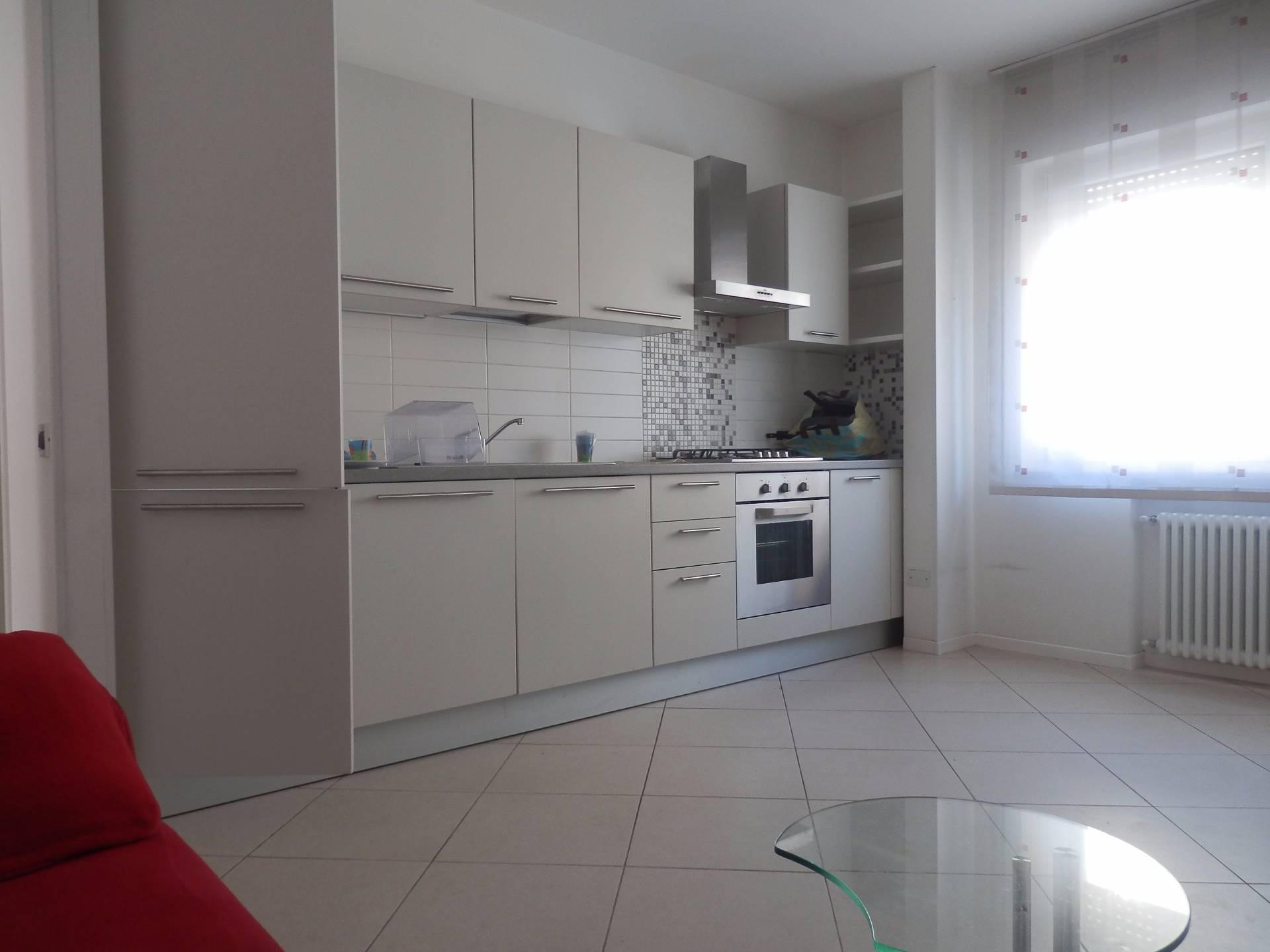 Appartamento in affitto a Bolzano, 3 locali, zona Località: tribunale, prezzo € 1.000 | CambioCasa.it