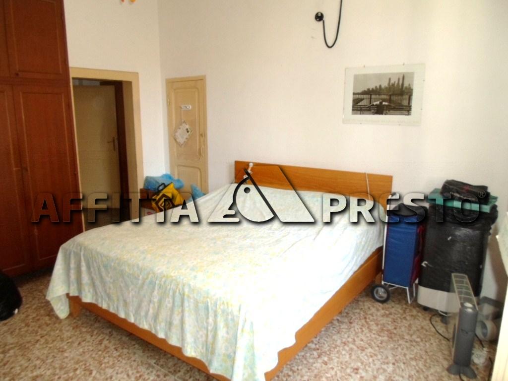Appartamento in affitto a Cesena, 5 locali, zona Località: MadonnaDelleRose, prezzo € 1.000 | CambioCasa.it