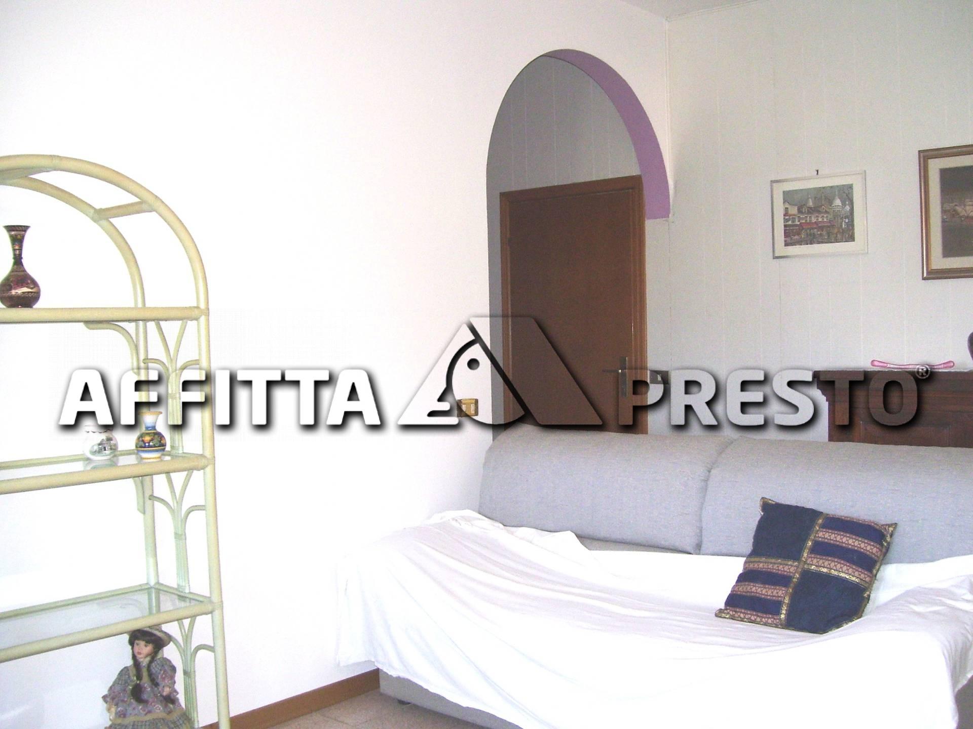 Soluzione Semindipendente in affitto a Ravenna, 3 locali, zona Località: S.antonioRavenna, prezzo € 450 | CambioCasa.it