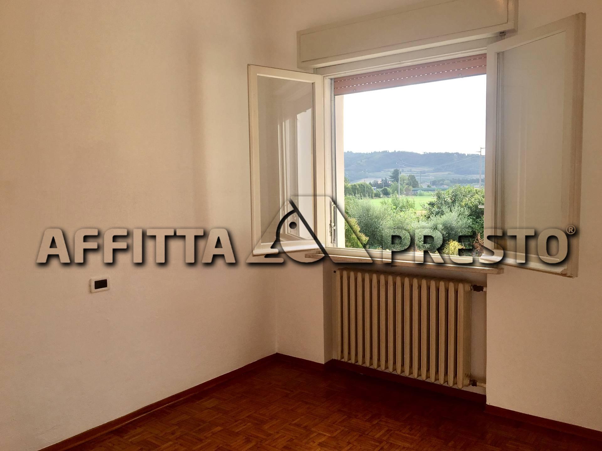 Soluzione Indipendente in affitto a Cesena, 5 locali, zona Località: SanVittore, prezzo € 650 | CambioCasa.it