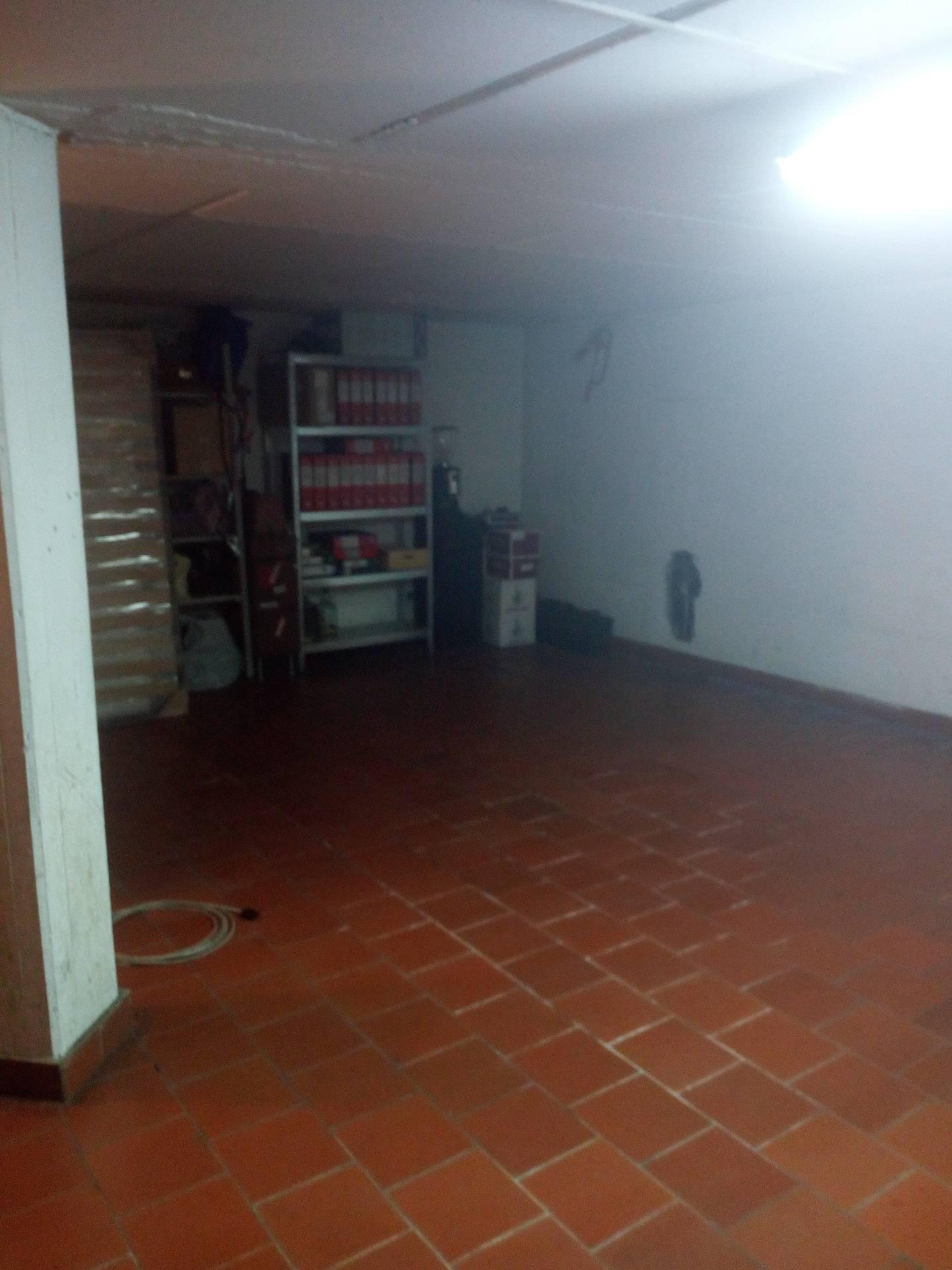 Box / Garage in affitto a Empoli, 1 locali, prezzo € 300 | CambioCasa.it