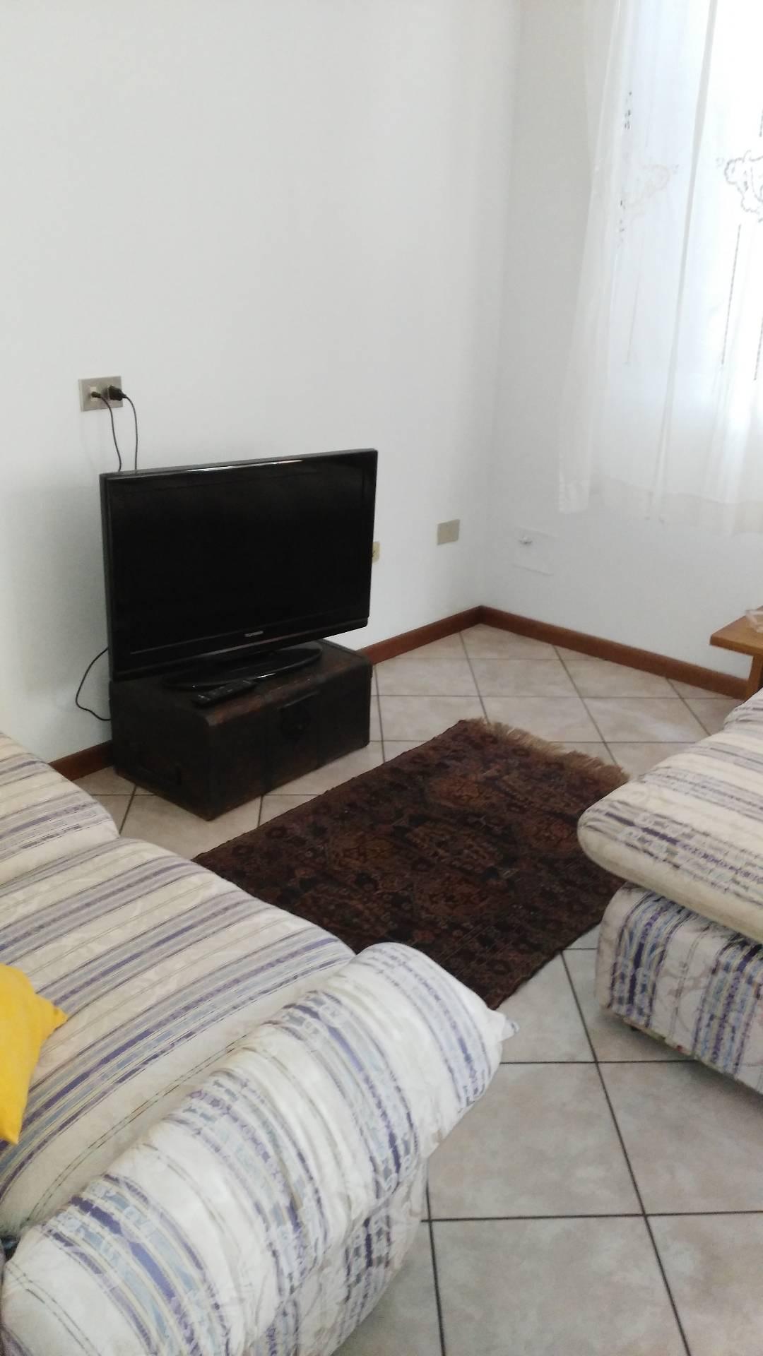 Appartamento in affitto a Bagnacavallo, 4 locali, prezzo € 500   CambioCasa.it