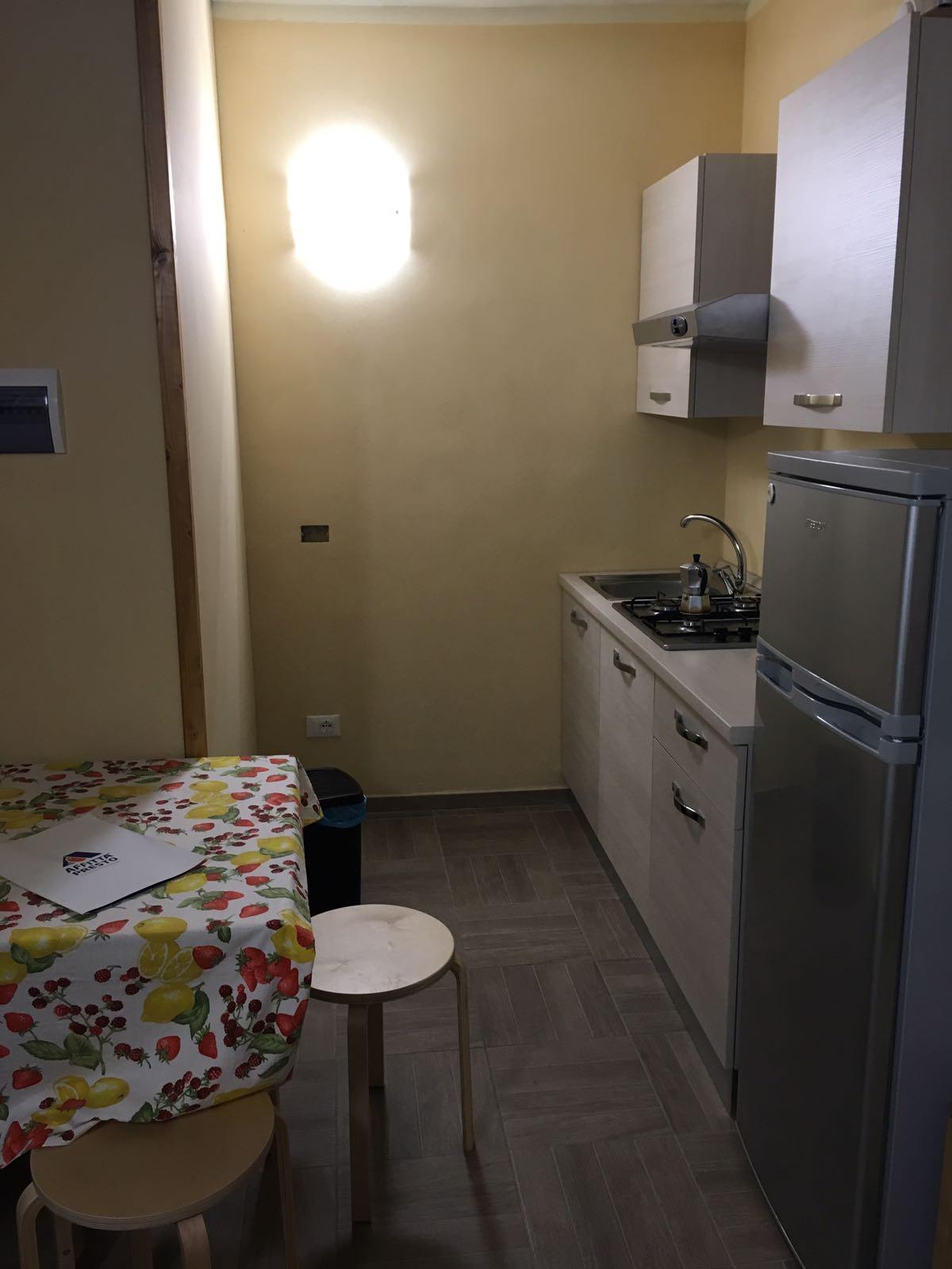 Appartamento in affitto a Signa, 1 locali, zona Località: Centro, prezzo € 550 | CambioCasa.it