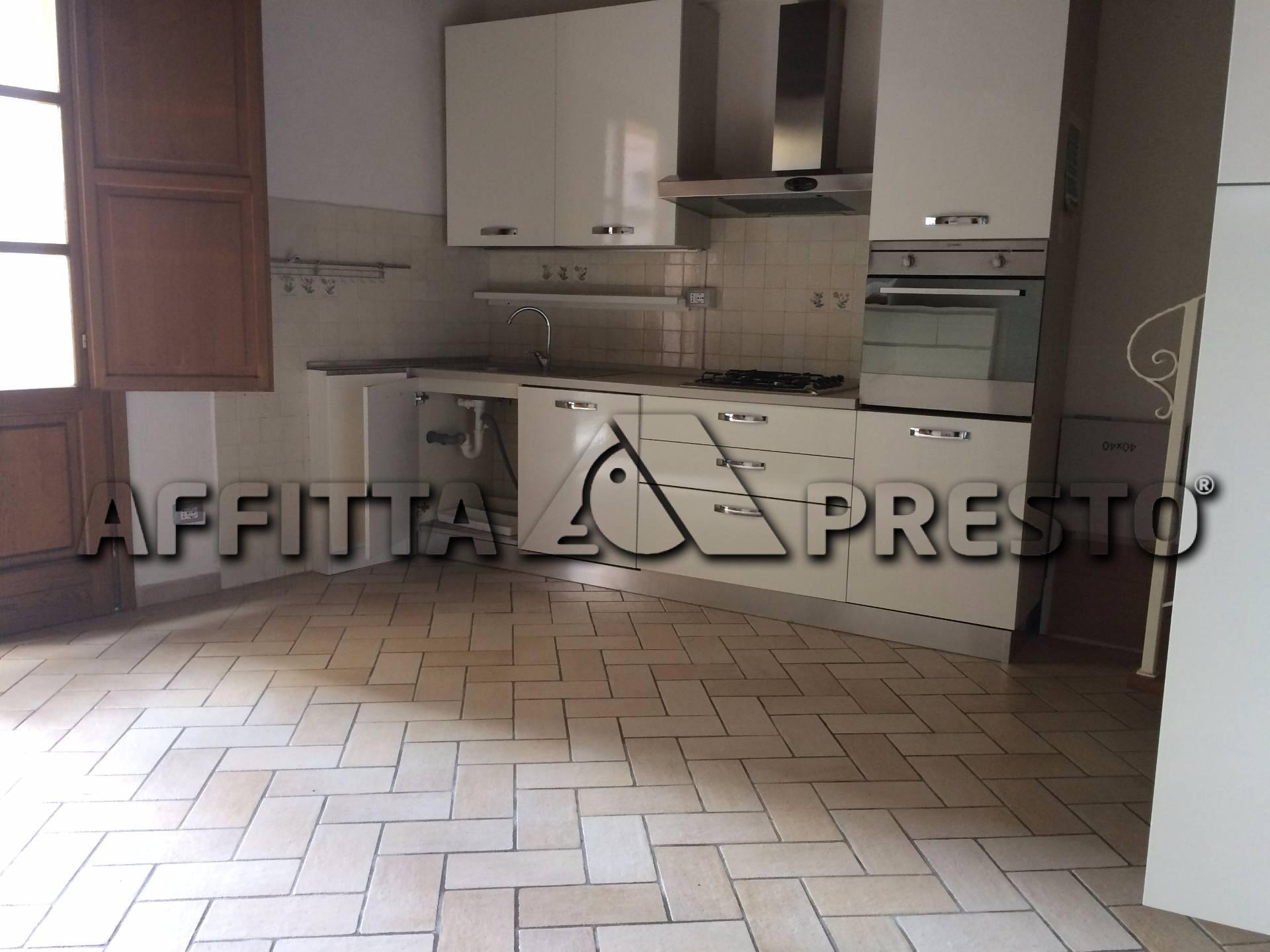 Soluzione Indipendente in affitto a Vicopisano, 3 locali, prezzo € 480   CambioCasa.it
