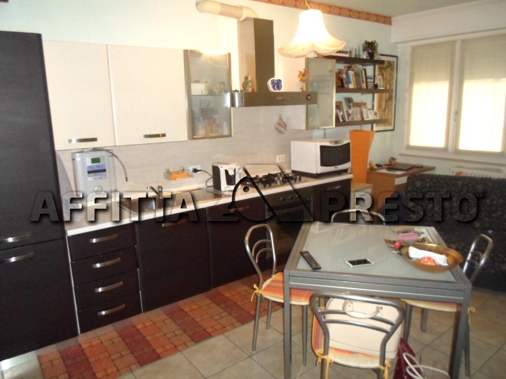 Appartamento in affitto a Cesena, 2 locali, zona Località: PonteNuovo, prezzo € 480 | CambioCasa.it