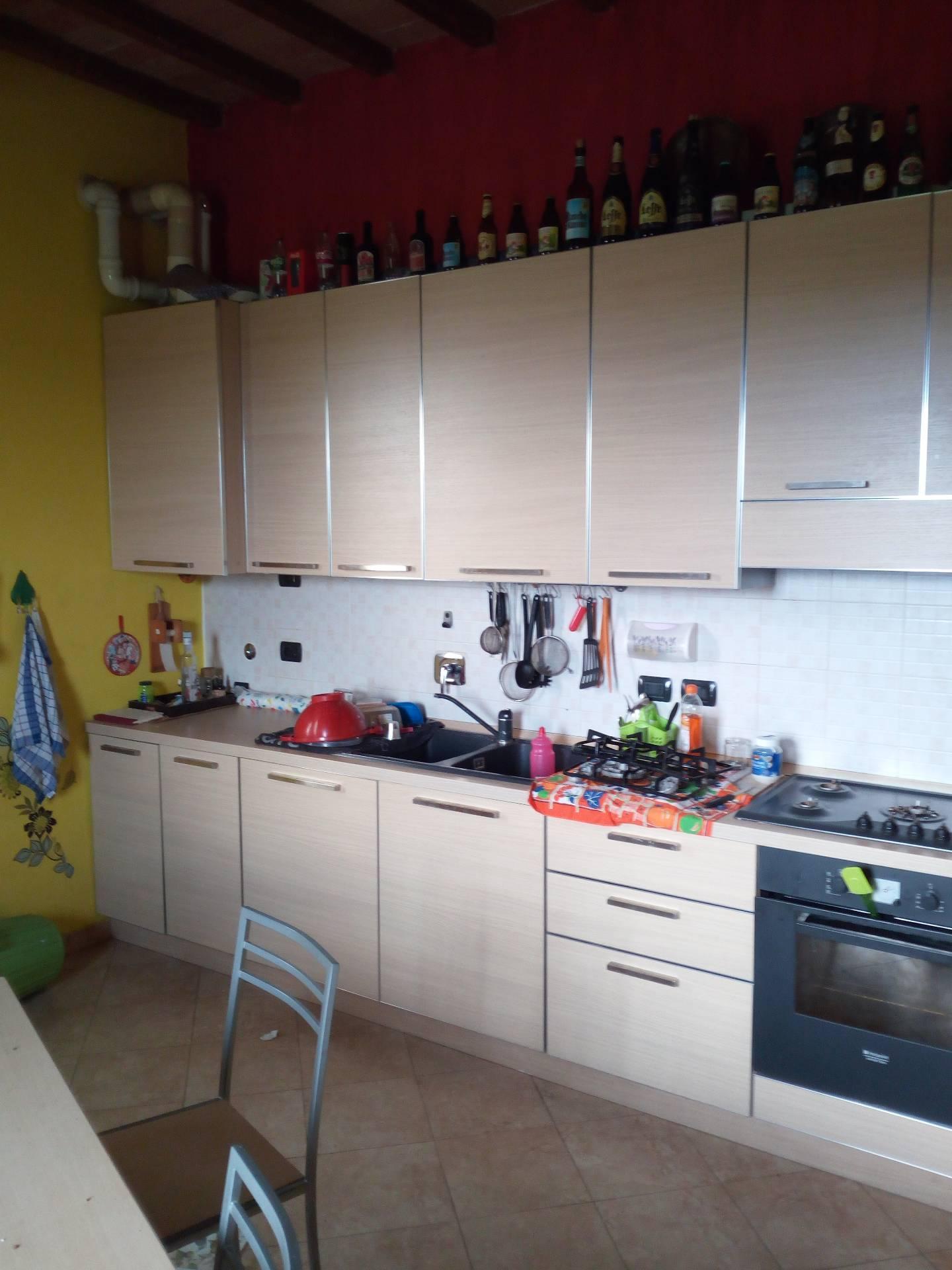 Soluzione Indipendente in affitto a Massa Lombarda, 5 locali, prezzo € 600 | CambioCasa.it