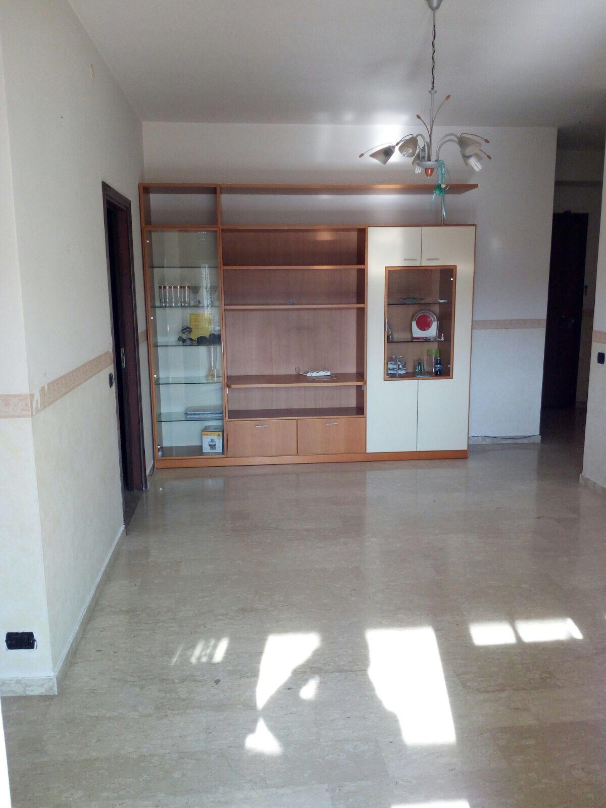 Appartamento in vendita a Lugo, 6 locali, prezzo € 120.000 | CambioCasa.it