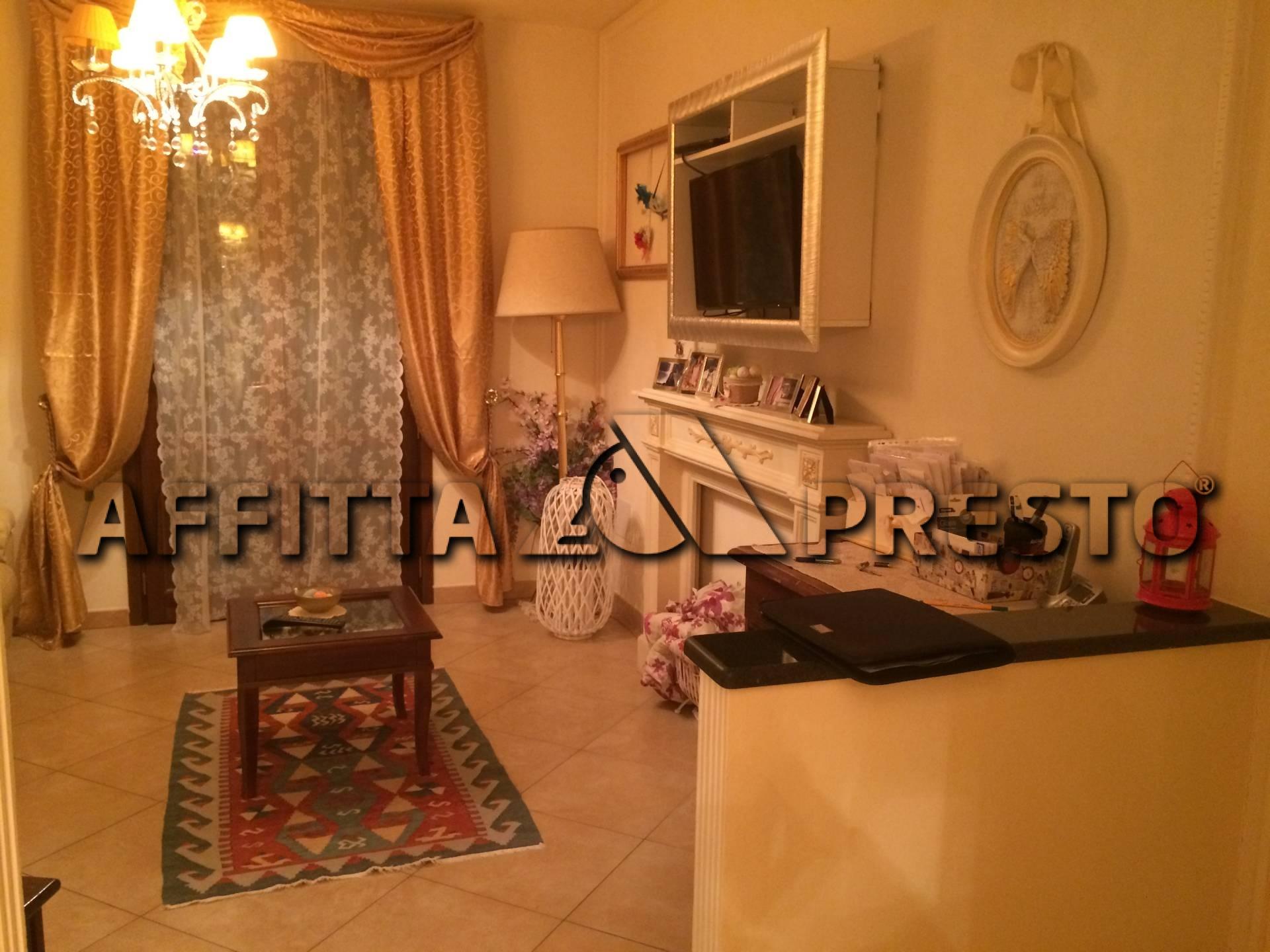 Soluzione Indipendente in affitto a Pisa, 6 locali, prezzo € 2.200 | CambioCasa.it