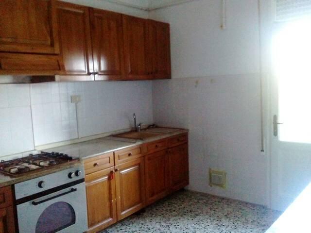 Appartamento in affitto a Fusignano, 7 locali, prezzo € 480 | CambioCasa.it