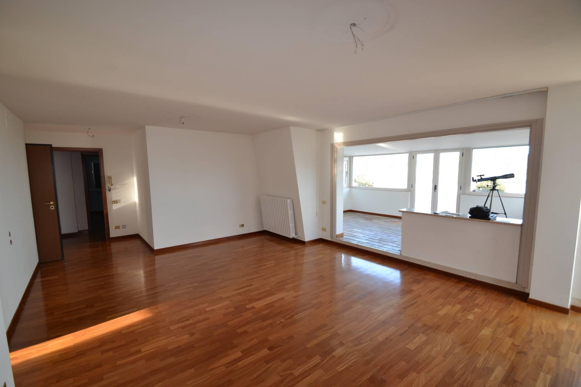 Appartamento in vendita a Monteprandone, 4 locali, zona Località: COLLINARE, prezzo € 190.000   PortaleAgenzieImmobiliari.it