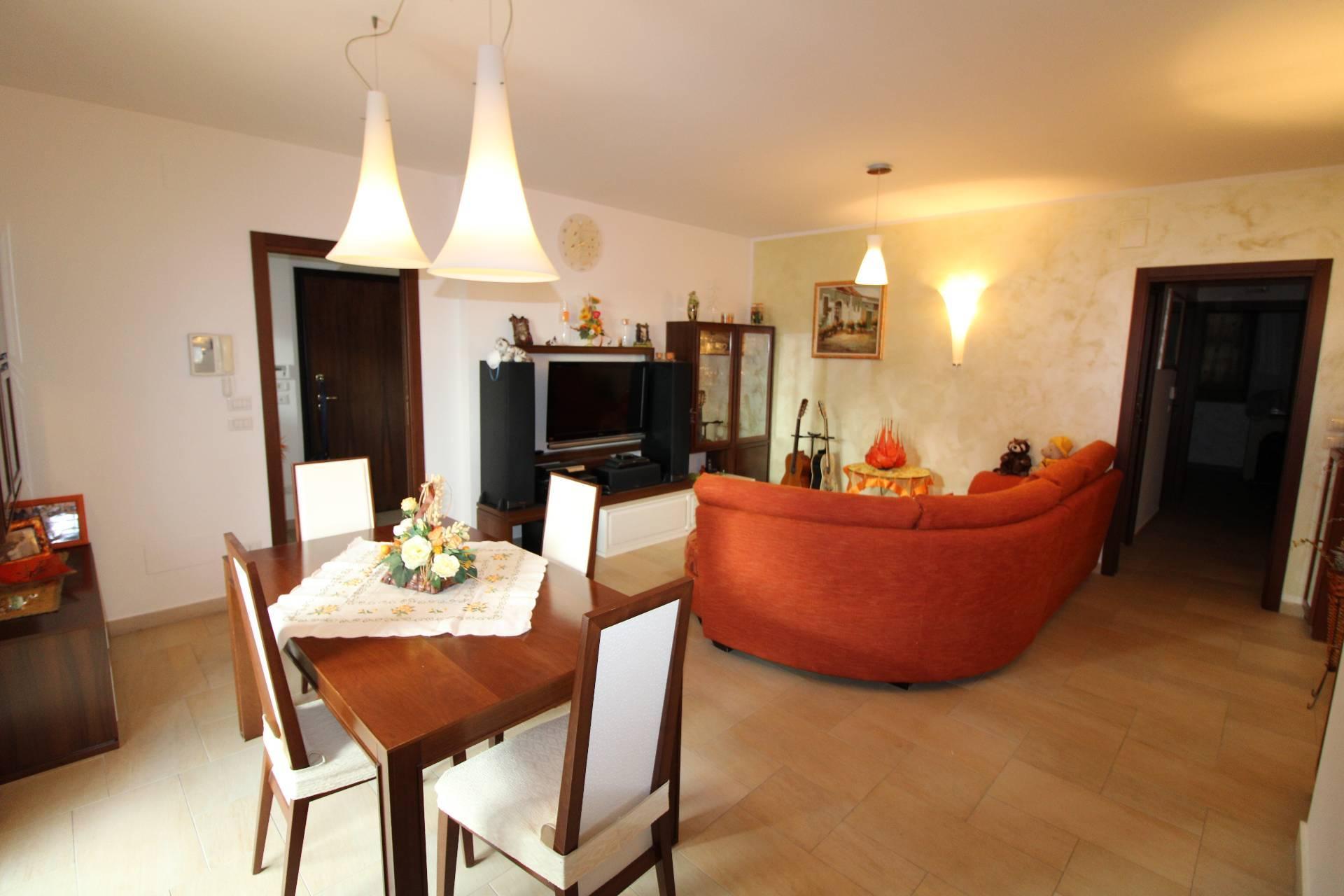 Appartamento in vendita a Monteprandone, 5 locali, zona Località: COLLINARE, prezzo € 240.000   PortaleAgenzieImmobiliari.it