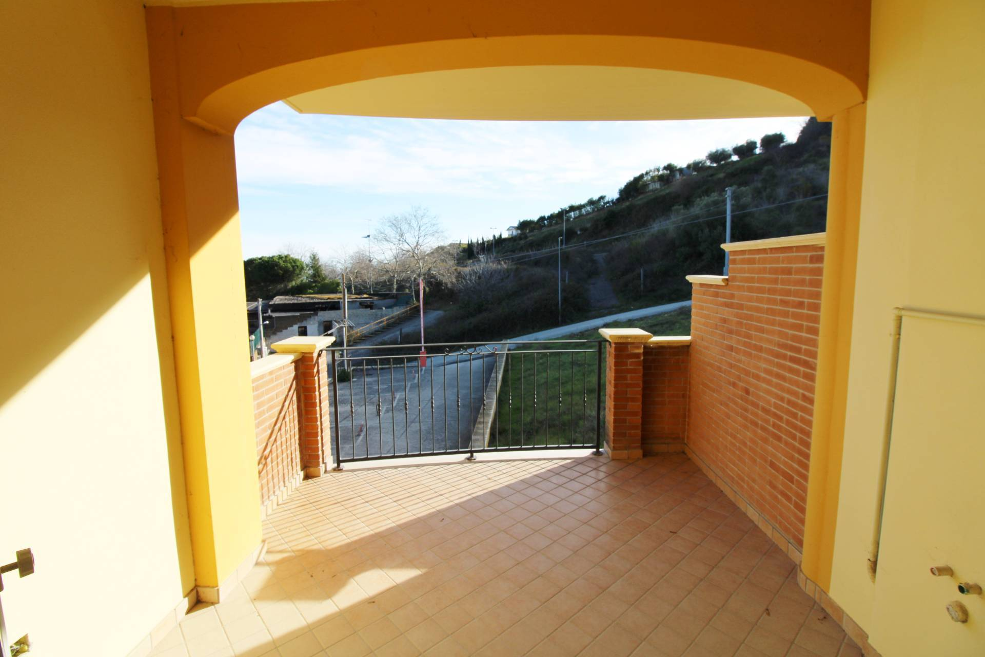 Appartamento in vendita a Colonnella, 3 locali, prezzo € 82.000 | PortaleAgenzieImmobiliari.it