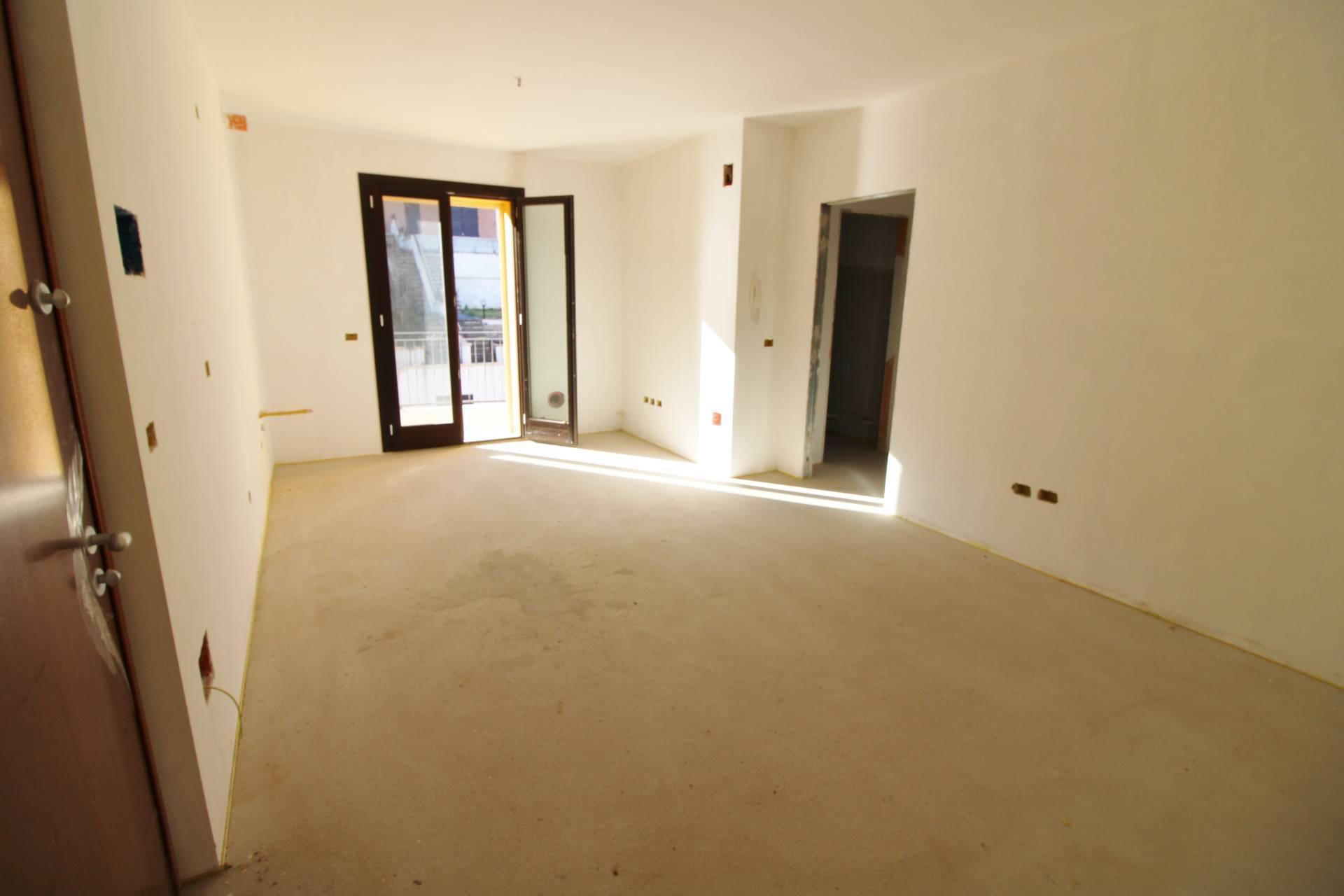 Appartamento in vendita a Colonnella, 3 locali, prezzo € 93.000 | PortaleAgenzieImmobiliari.it