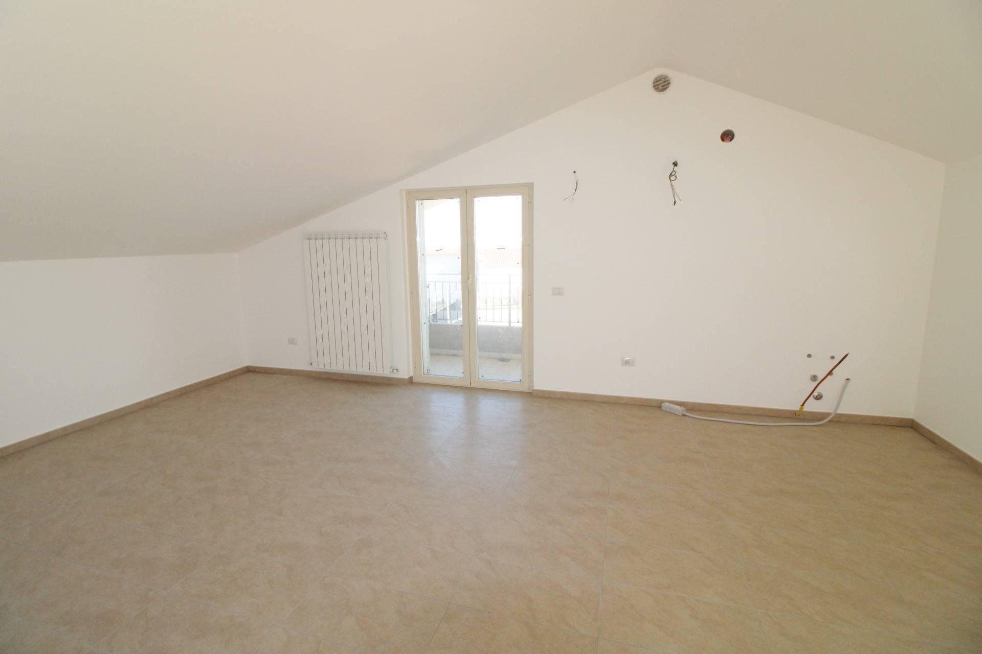 Appartamento in vendita a Colonnella, 4 locali, prezzo € 206.000 | PortaleAgenzieImmobiliari.it