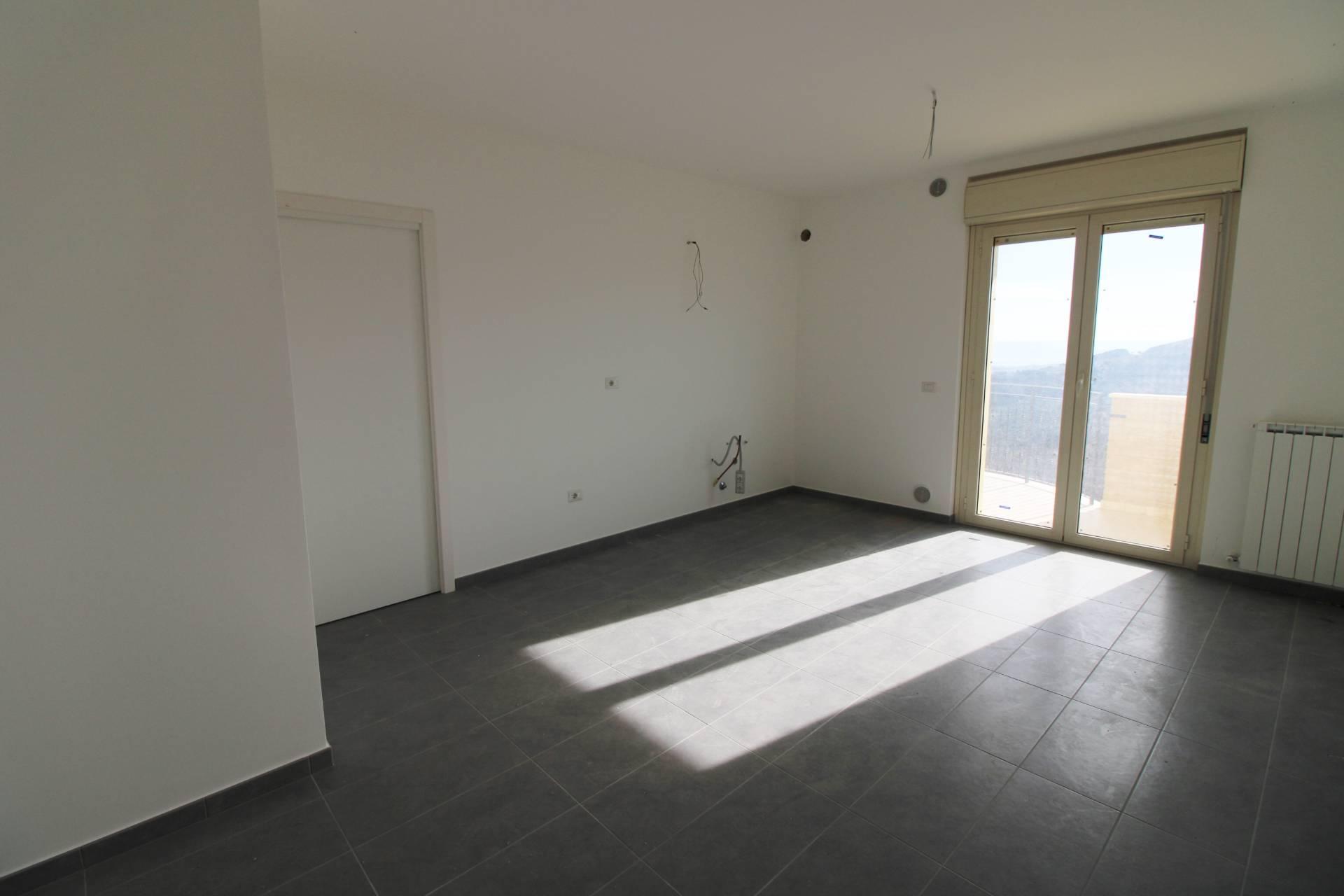 Appartamento in vendita a Colonnella, 3 locali, prezzo € 140.000 | PortaleAgenzieImmobiliari.it