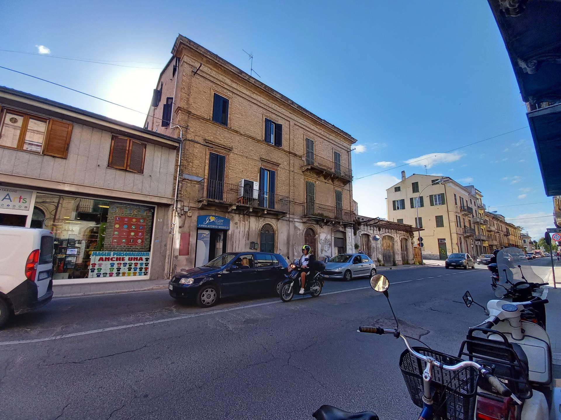 Appartamento in vendita a San Benedetto del Tronto, 3 locali, zona Località: CENTRALISSIMA, prezzo € 180.000 | PortaleAgenzieImmobiliari.it