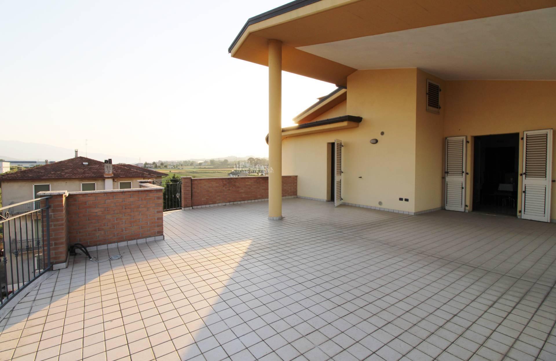 Appartamento in vendita a Monteprandone, 4 locali, zona Località: CENTOBUCHI(sottolasalaria, prezzo € 220.000   PortaleAgenzieImmobiliari.it