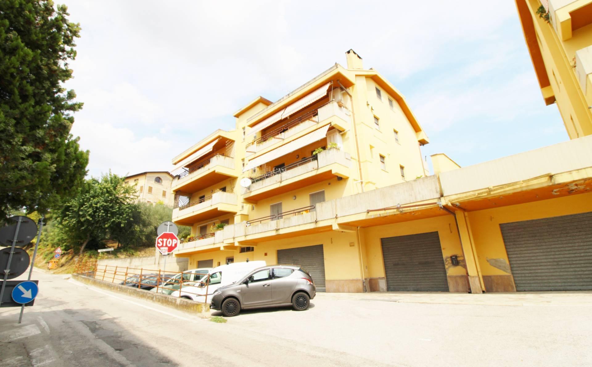 Appartamento in vendita a Monsampolo del Tronto, 4 locali, zona Località: STELLADIMONSAMPOLO, prezzo € 95.000   PortaleAgenzieImmobiliari.it