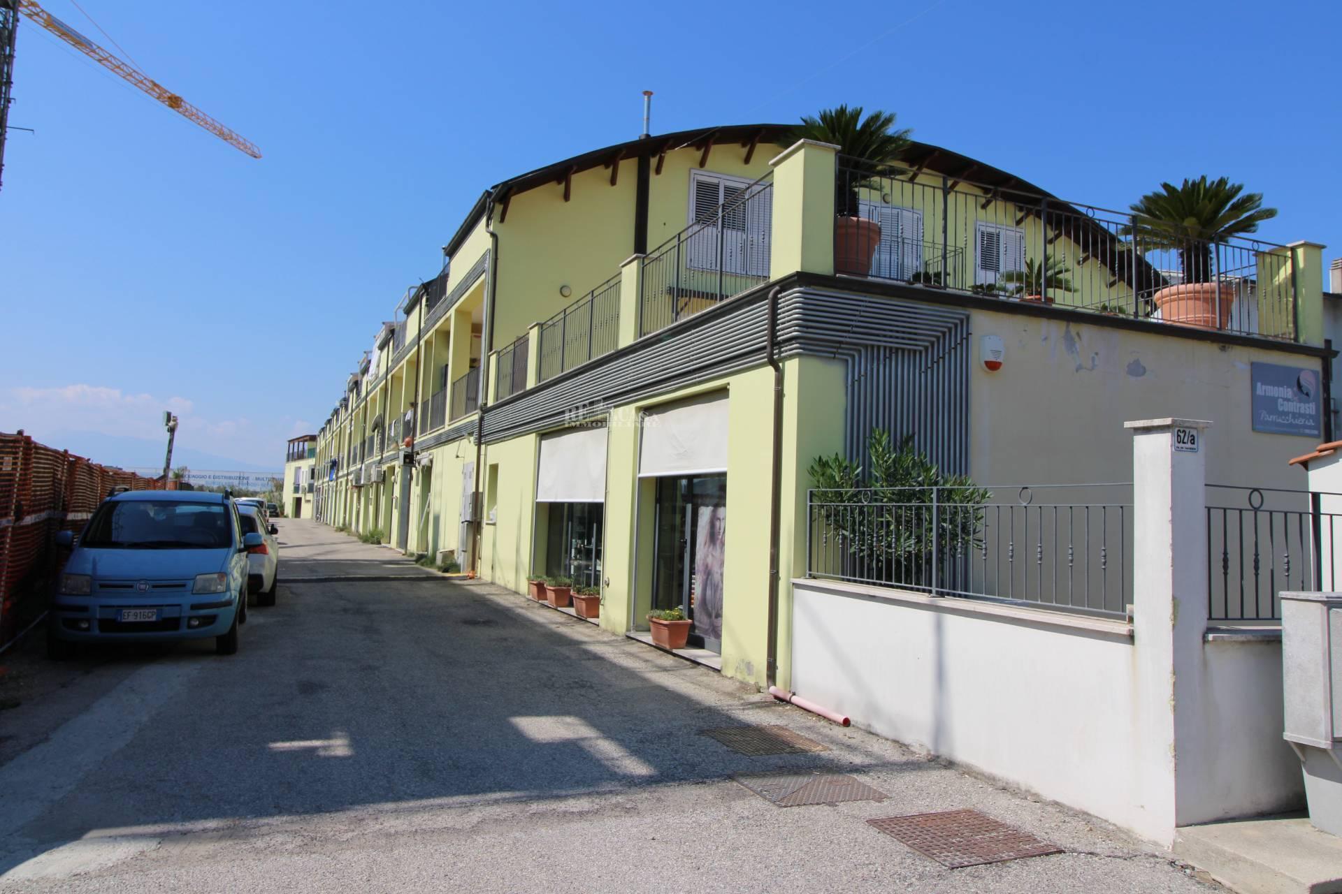 Appartamento in vendita a San Benedetto del Tronto, 4 locali, zona Località: PORTODASCOLI(lungomare, prezzo € 155.000 | PortaleAgenzieImmobiliari.it