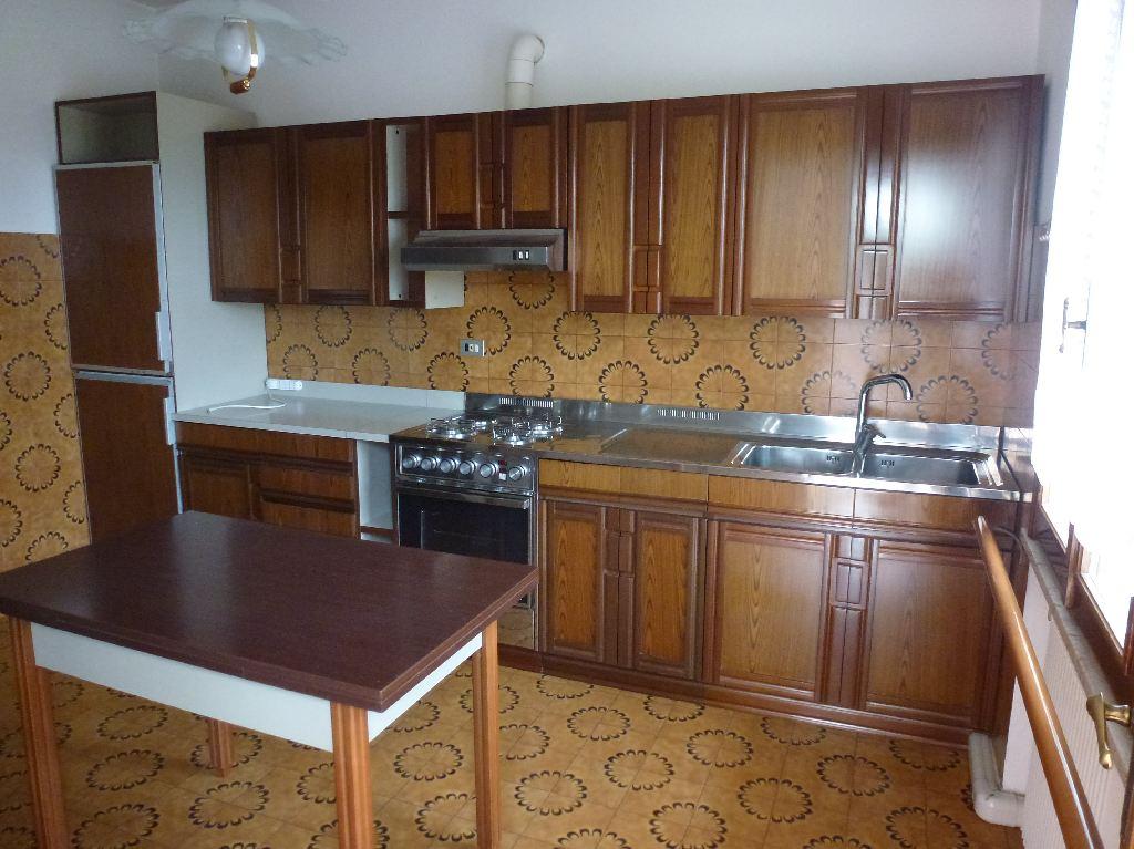 Appartamento in vendita a Gaiarine, 5 locali, prezzo € 88.000 | CambioCasa.it