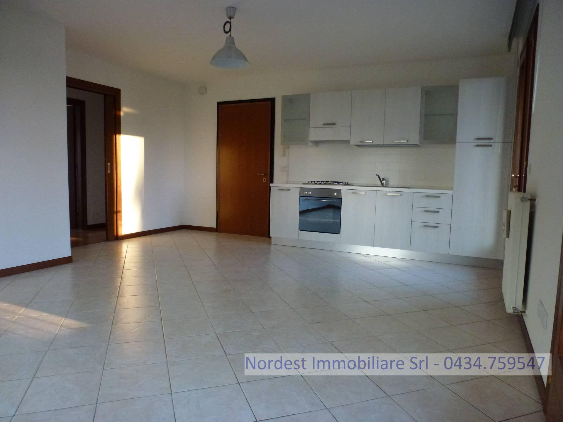 Appartamento in vendita a Brugnera, 4 locali, prezzo € 150.000 | PortaleAgenzieImmobiliari.it