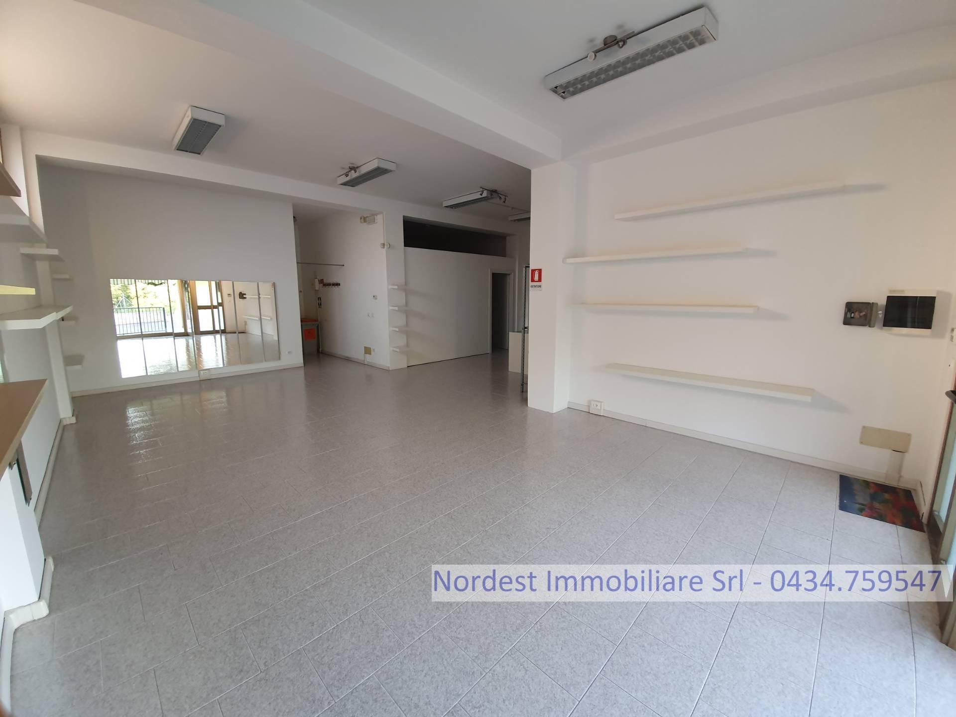 Attività / Licenza in affitto a Brugnera, 9999 locali, prezzo € 750   CambioCasa.it