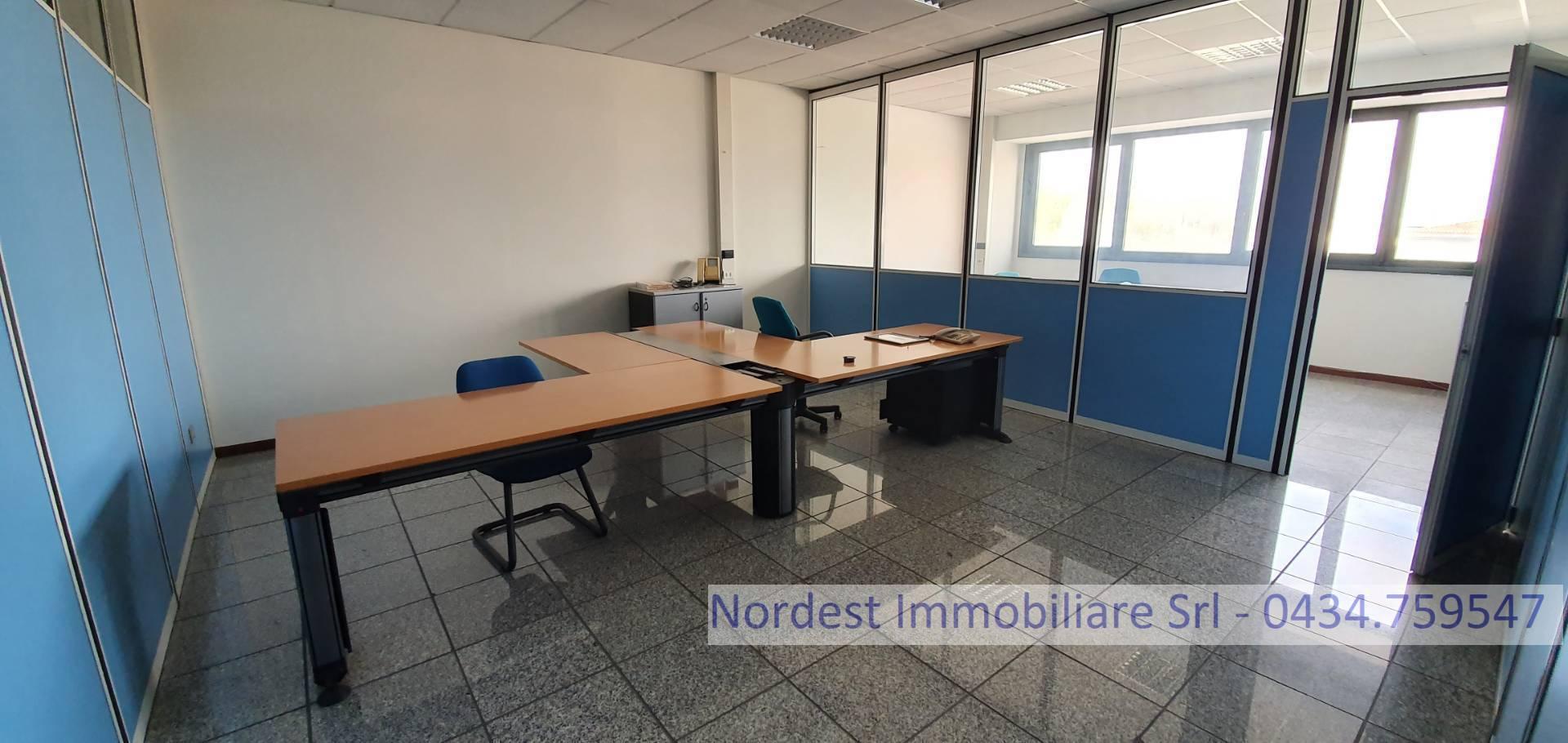 Ufficio / Studio in affitto a Prata di Pordenone, 9999 locali, prezzo € 600 | CambioCasa.it