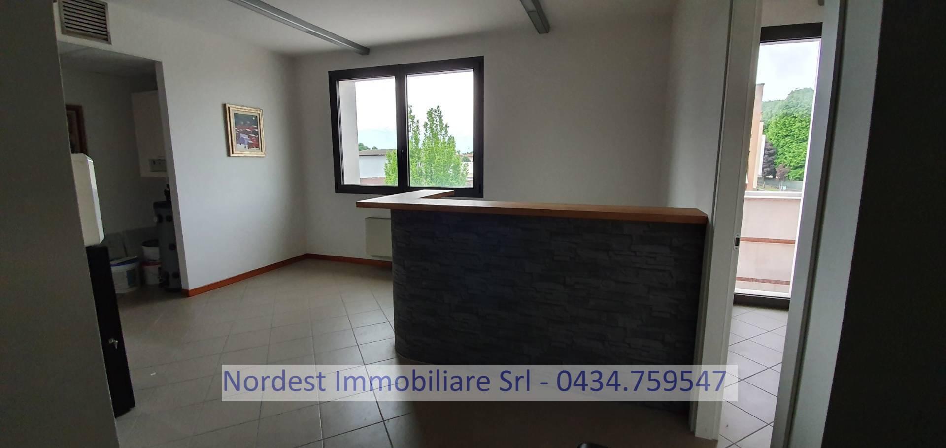 Ufficio / Studio in affitto a Brugnera, 9999 locali, Trattative riservate   CambioCasa.it