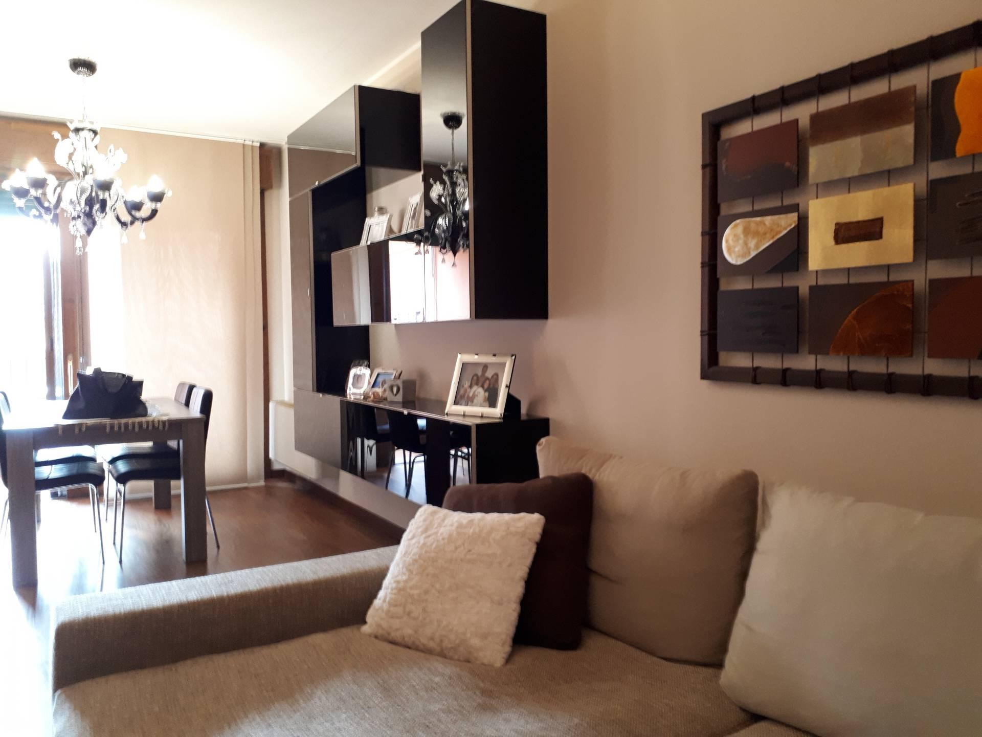 Foto 1 di Appartamento Cento