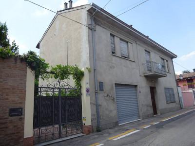 Villa - Casa indipendente in Vendita a Pieve di Cento