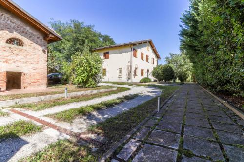 Villa - Casa indipendente in Vendita a San Giovanni in Persiceto