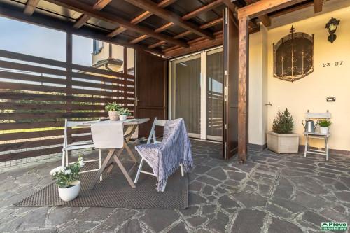 Villetta - Porzione con giardino in Vendita a San Pietro in Casale