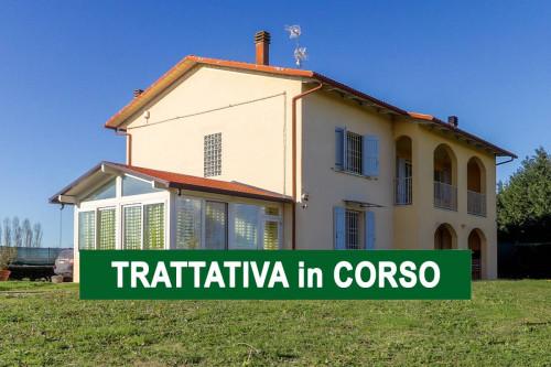 Villa - Casa indipendente in Vendita a Castello d'Argile