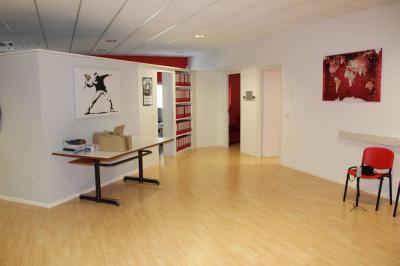 Vai alla scheda: Ufficio Affitto - Bolzano - Bozen (BZ)   Periferia - Codice -1-212