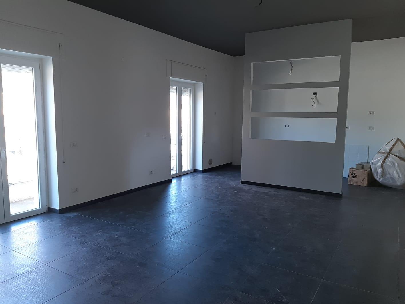 Appartamento in vendita a Frosinone, 4 locali, zona ro, prezzo € 99.000 | PortaleAgenzieImmobiliari.it