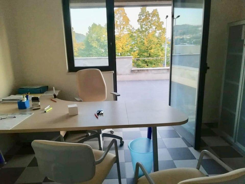 Ufficio / Studio in affitto a Alatri, 3 locali, prezzo € 300 | CambioCasa.it