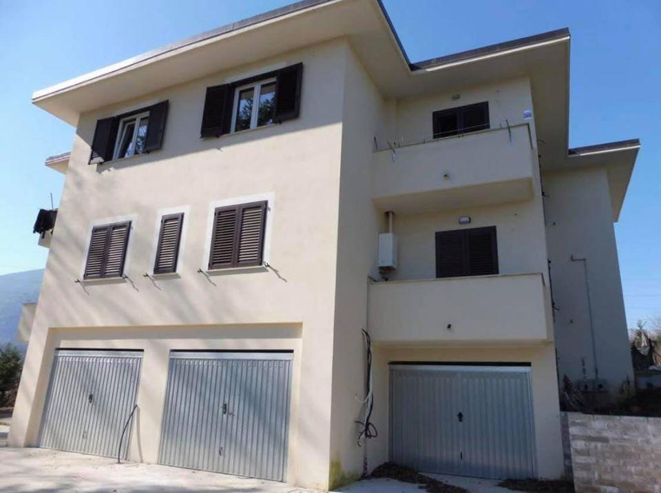 Appartamento in vendita a Patrica, 3 locali, zona Zona: Quattrostrade, prezzo € 74.000 | CambioCasa.it