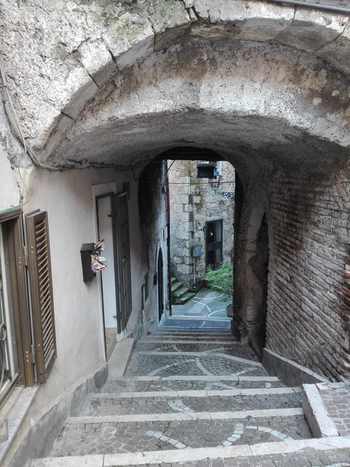 Appartamento in vendita a Fiuggi, 3 locali, prezzo € 18.000 | CambioCasa.it